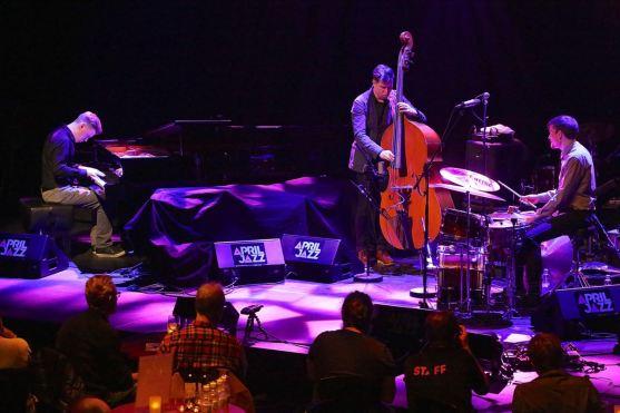 Aki Rissanen Trio, Aki Rissanen (p), Antti Lötjönen (b), Teppo Mäkynen (dr), April Jazz Festival, Espoo Finland, Foto Ralf Dombrowski