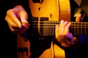 P1040258 Muthspiel Hand - Foto TJ Krebs