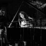 """Younee stellt """"My Piano"""" vor"""