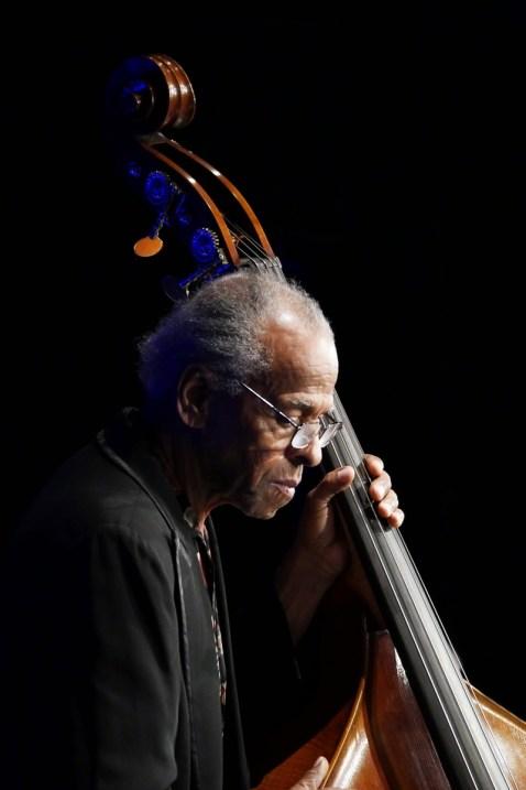 P1450030 Cecil McBee - Foto TJ Krebs jazzphotoagency@web.de