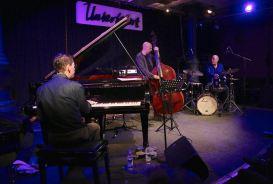 Fred Hersch (p), John Herbert (b), Jeff Ballard (dr), Jazzclub Unterfahrt München. Foto Ralf Dombrowski