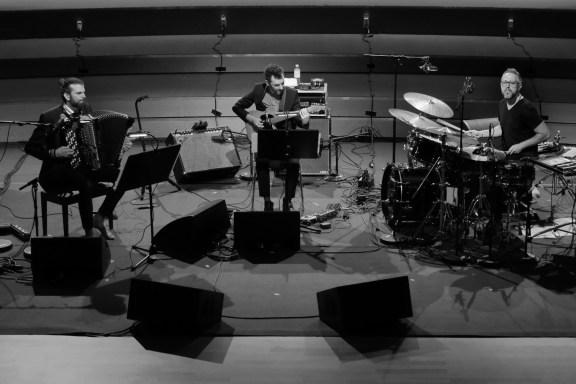 Das Vincent Peirani Trio. Foto: Thomas J. Krebs