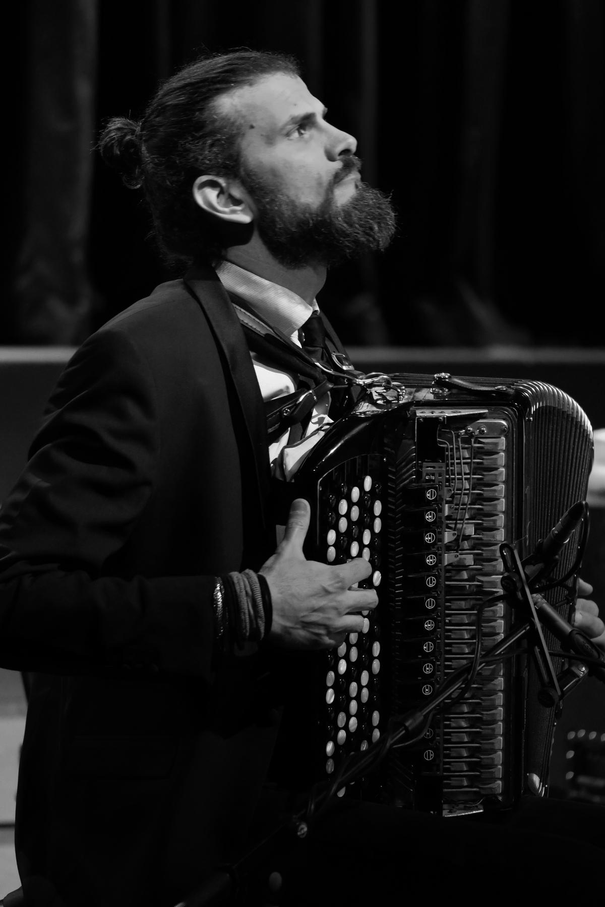 Maestro Vincent Peirani. Foto: Thomas J. Krebs