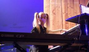 Die französische Pianistin DOMi. Foto: S. Pieper