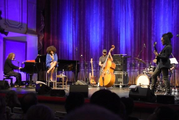 Moses' Band im Theater Regensburg. Foto: Scheiner