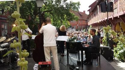 Musik im historischen Fachwerk-Innenhof. Foto: Roland Spiegel