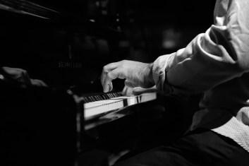 Yonathan Avishai (hands). Foto: Thomas J. Krebs