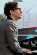 Avey am Piano. Foto: T. J. Krebs