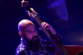 Reza Askari (b), re: BTVHN, Main Stage, 41.Jazzfestival Saalfelden, Photo (c) Ralf Dombrowski