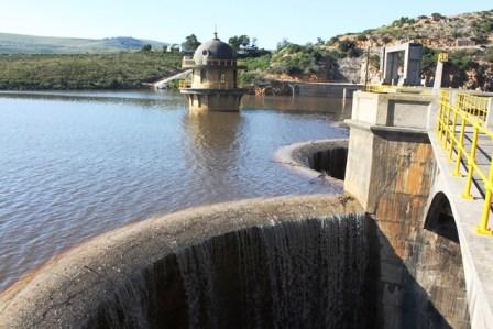 Churchill Dam overflowing