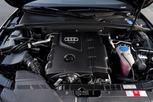 2010 Audi A5 Convertible 20L turbocharged 4cylinder TFSI engine  Picture  Pic  Image