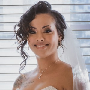lovely wedding bride providing google review for jay Billups creative media