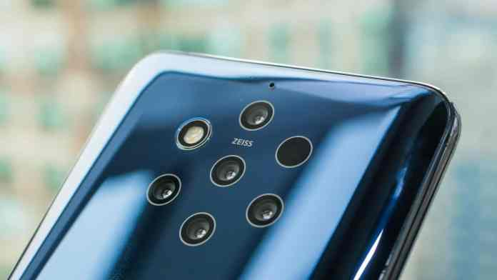 Nokia 9 PureView is the world's first phone with 5 cameras
