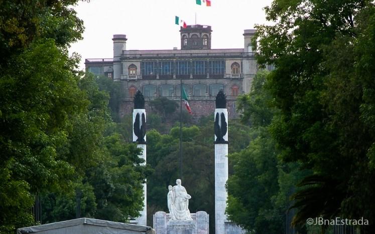 Mexico - Cidade do Mexico - Bosque de Chapultepec - Monumento a los Ninos Heroes e Castillo