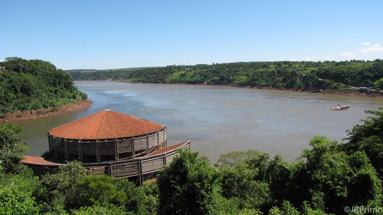 Brasil - Parana - Foz do Iguacu - Marco das 3 Fronteiras