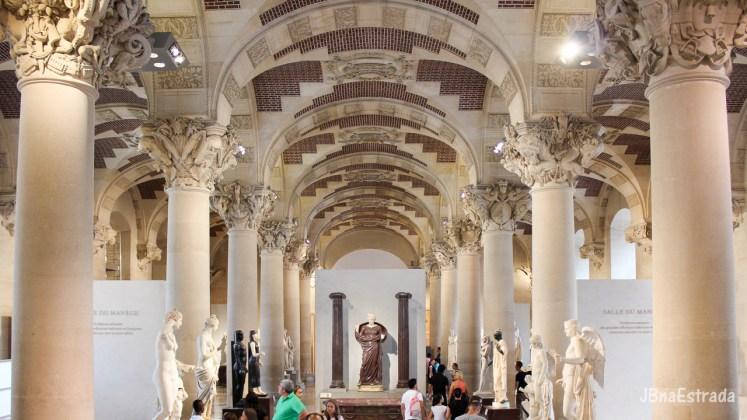 Franca - Paris - Museu do Louvre - Esculturas Italianas