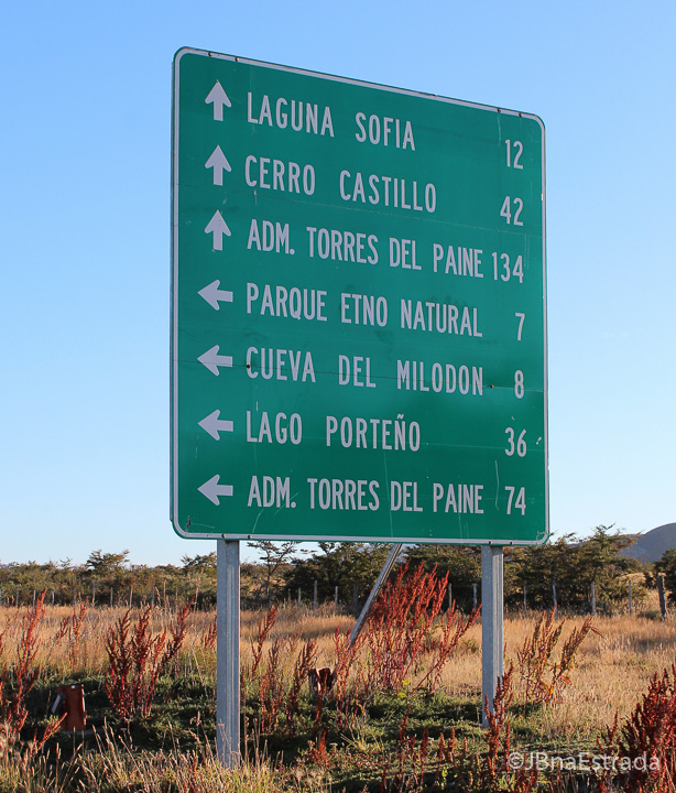 Chile - Estrada Puerto Natales-Torres del Paine