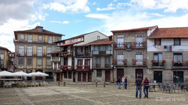Portugal - Guimaraes - Praca de Santiago