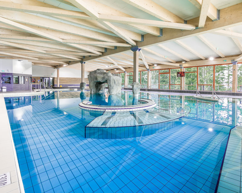 construction piscine publique et centre nautique JBS Piscines 74 hautesavoie suisse