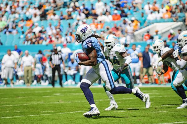 Titans RB, Derrick Henry, breaks free for a short gain