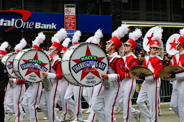 thanksgiving day parade bands