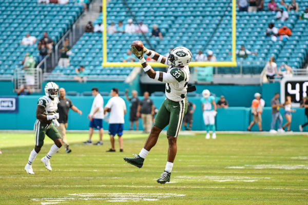 New York Jets strong safety Jamal Adams (33) in drills