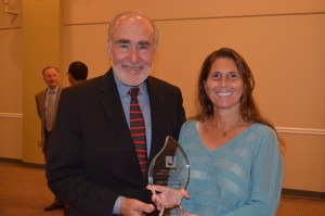 Katz JCC CEO Jack I. Fox with Renee Herskowitz accepting the Judge Gerald Weinstein Community Leadership award on behalf of her father Hank.