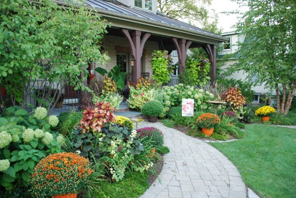 fall landscaping ideas front
