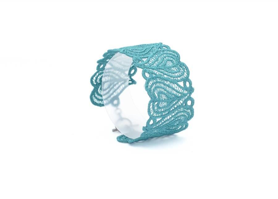 Lace Moroccan Heart Cuff Emerald