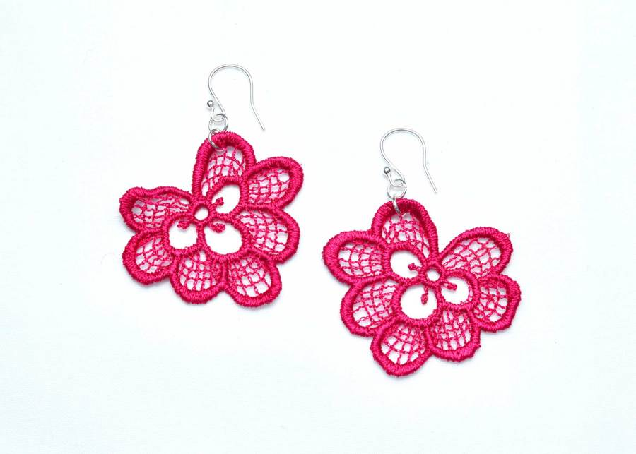 Oakleaf lace earrings in raspberry red