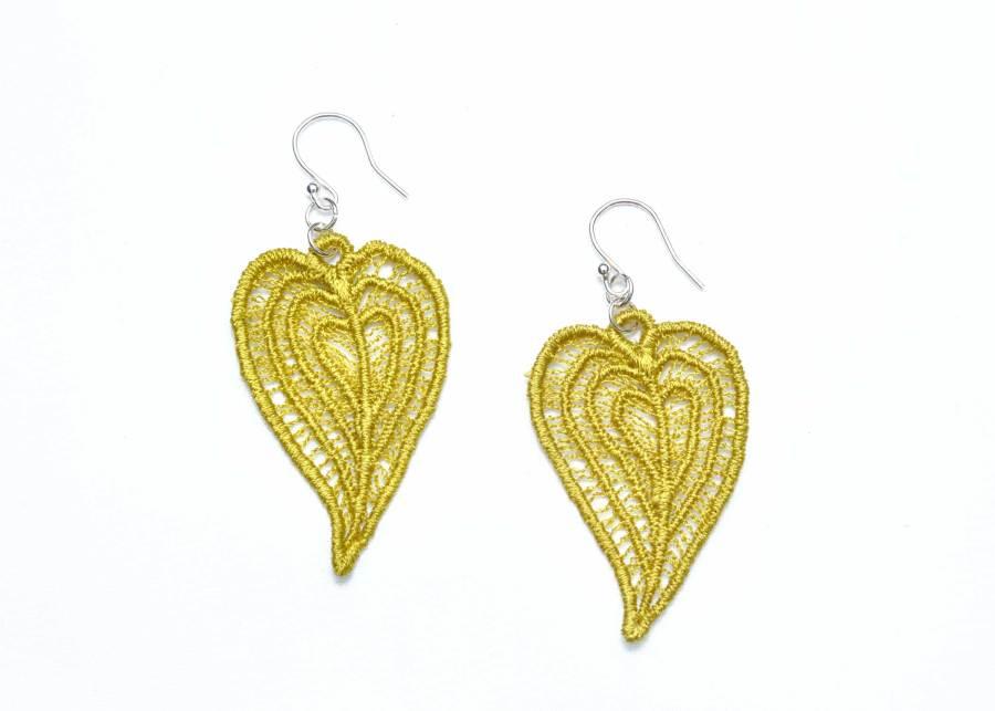 Moroccan Heart lace earrings in lime