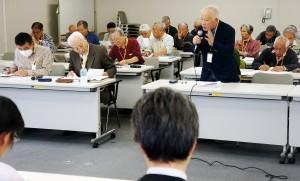 高齢者の暮らしの願いを届けた要請行動=23日、東京都庁