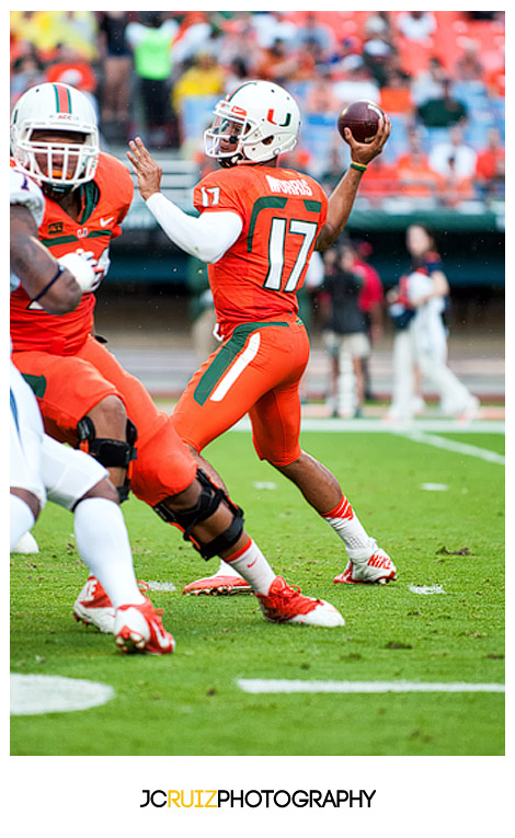 Hurricanes QB, #17 Stephen Morris, looks to complete a pass against the Virginia Cavaliers