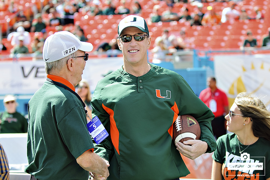 Miami Hurricanes Honor Jim Kelly