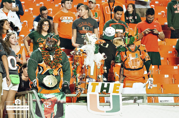 Miami Hurricanes fans