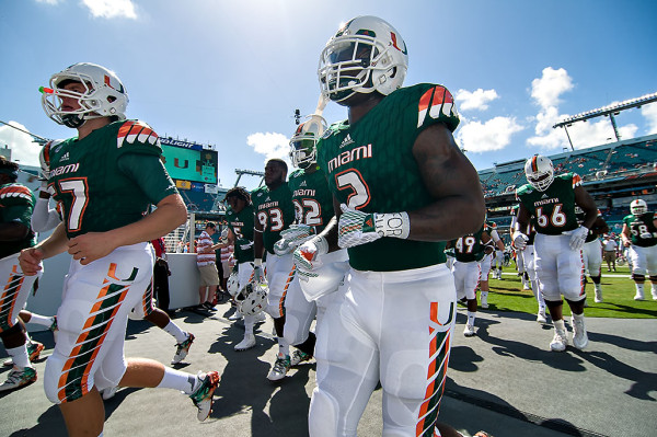 Miami Hurricanes RB #2, Joe Yearby, heads back to the locker room prior to kickoff