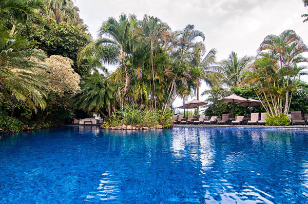 infinity-pool-villa-caletas