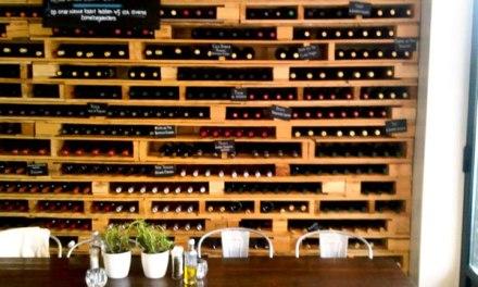 Idée déco écolo: cave à vins en palettes!