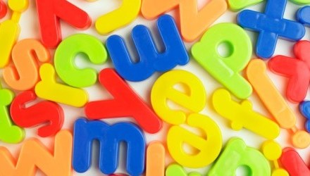 Dyslexie : Une police d'écriture faciliterait la lecture, téléchargez-la!