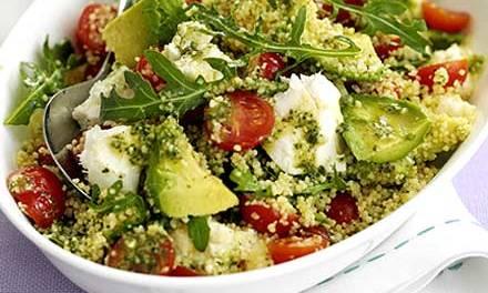Recette végétarienne: Salade de couscous à l'avocat et aux tomates cerises