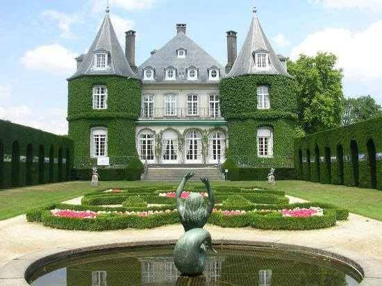 Les plus beaux chateaux du monde belgique le ch teau de for Le chateau le plus beau du monde