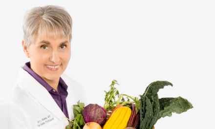 Comment cette femme médecin s'est guérie elle-même de la sclérose en plaques. Incroyable!