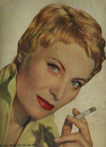 michele-morgan-smoking-color