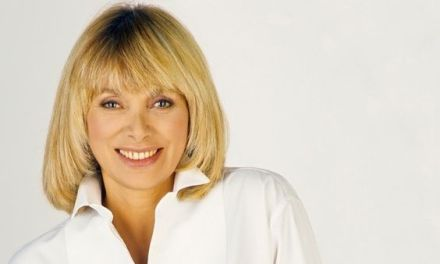 Mireille Darc – Tribute en images – 1938 – 2017