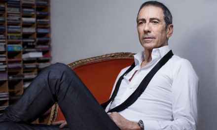 Interview exclusive d'Alain Chamfort: Un artiste positivement inspiré.