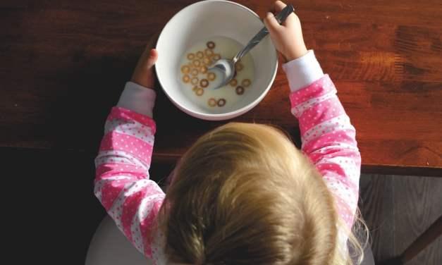 Greenpeace: Le rapport qui dénonce l'influence des Lobbies de l'agro-alimentaire sur les repas de nos enfants dans les cantines.