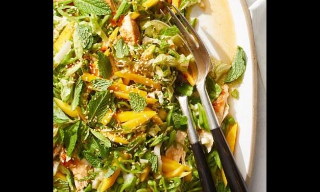 Salade croquante de poulet et de mangue