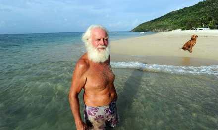 Comme Robinson Crusoé, un ancien milliardaire australien vit seul sur une île déserte depuis 20 ans