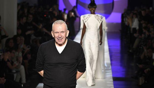 Houra! Jean Paul Gaultier renonce à la fourrure animale dans ses créations