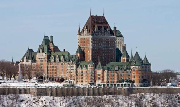 Québec : qui a construit le château de Frontenac ?